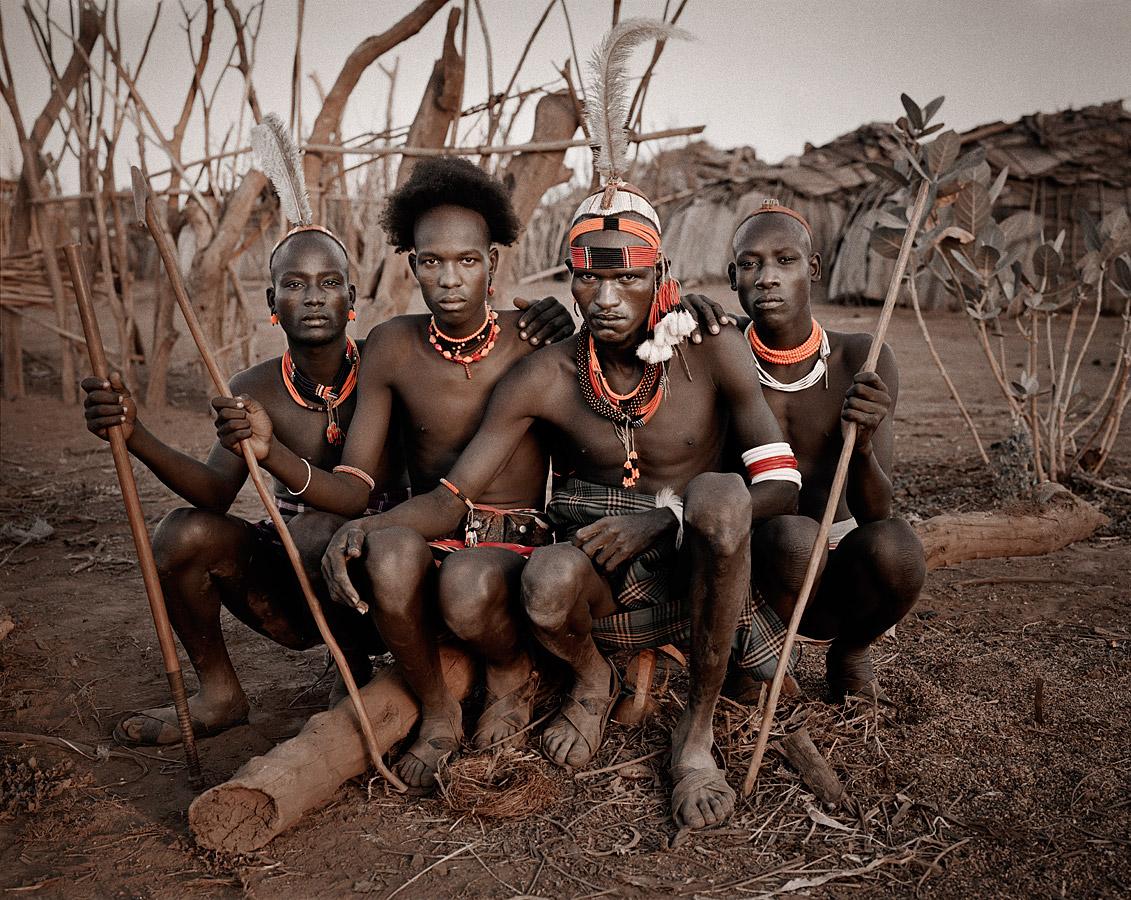 Resultado de imagem para tribos africanas