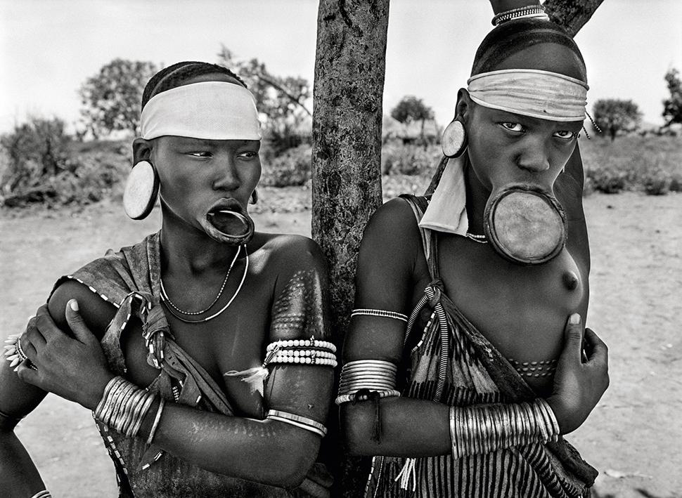 Famosos Tribos africanas no olhar de Sebastião Salgado - Revista Prosa  XO74