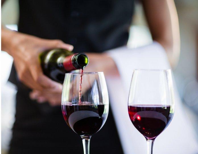 be5190448 8 regras para servir um vinho - Revista Prosa Verso e Arte